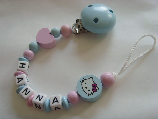 Baby Schnullerkette mit Namen - Herz Hello Kitty in blau rosa