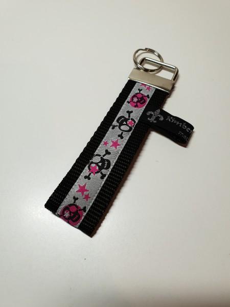 Schlüsselanhänger - Totenköpfe in schwarz pink