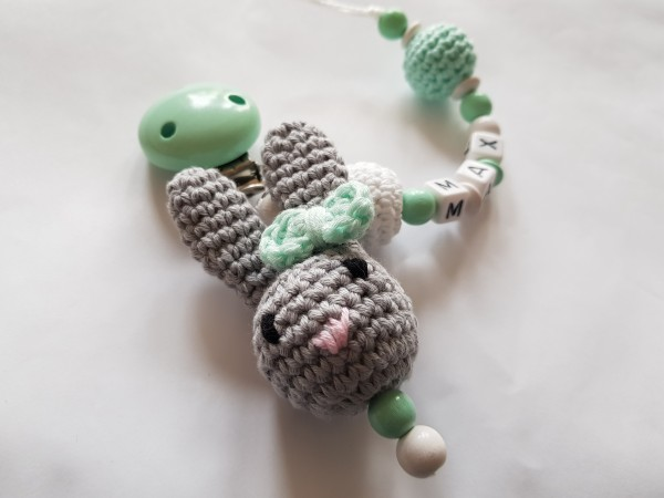 Baby Schnullerkette mit Namen - 3D Hase in mint