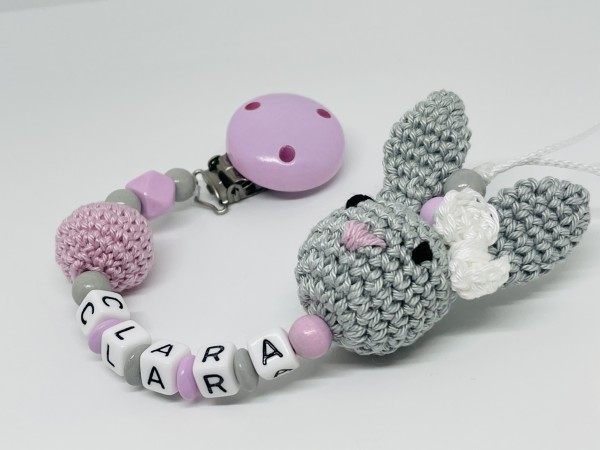 Schnullerkette mit Namen - 3D Hase Hexagon Häkelperle rosa grau